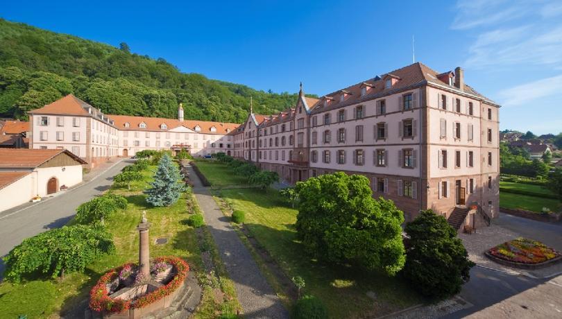 Oberbronn ( 67) – Maison d'accueil des Sœurs du Très Saint Sauveur – Les chemins du Pardon